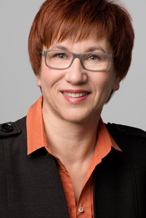 Kathrin-Schneider.jpg